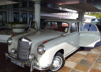 Classic wine tour cars 3